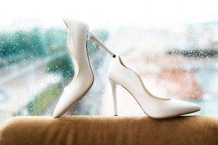 shoes_rain
